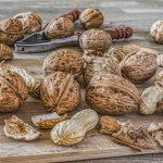 Dieta odchudzająca – jadłospis. Orzechy, tłuszcze